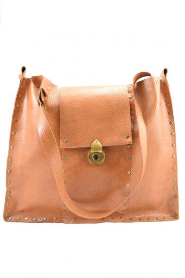Big handmade leather shoulder bag