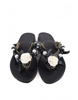 Handmade leather sandals for women with white flower and beads